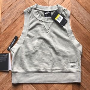 NWT NIKE Worn In Stand Out Cropped Tank